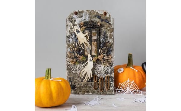 Halloween mixed media project - Using Tim Holtz dies!