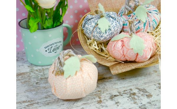 DIY Fabric pumpkins (VIDEO)